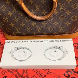 ❤️RARE LOUIS VUITTON DISPLAY❤️